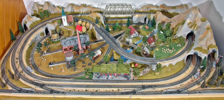 Hacer maquetas de trenes de miniatura